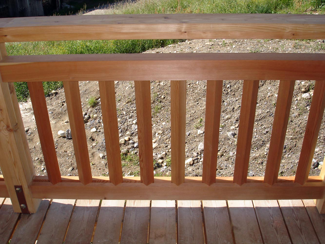 Barriere de balcon en bois for Barriere bois exterieur